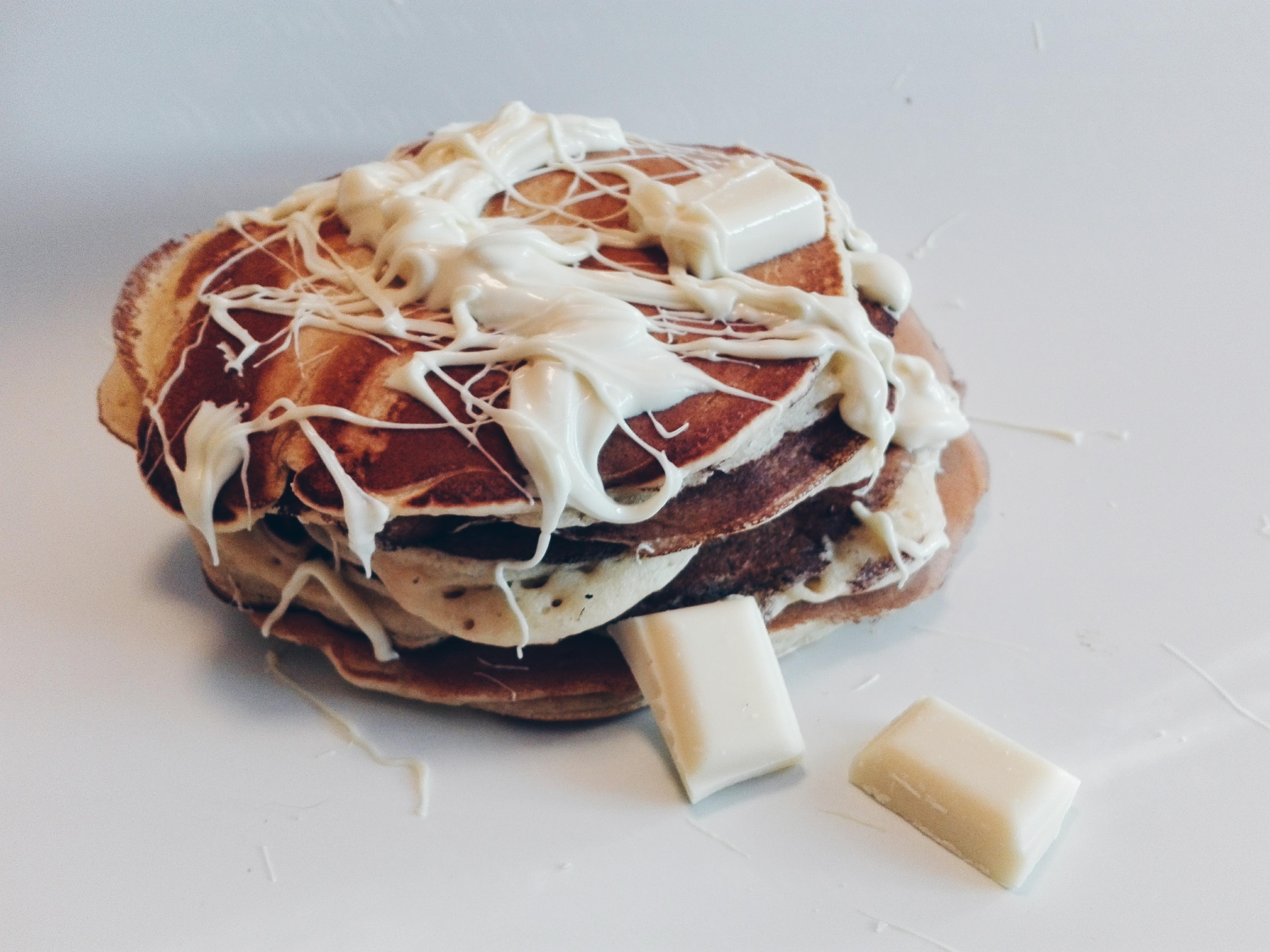 Pancakes z białą czekoladą