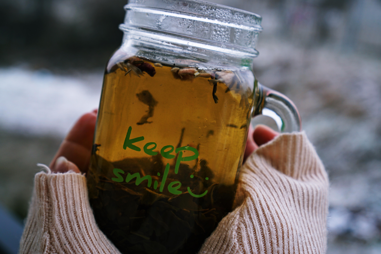 Niespodziewany powrót zimy? Rozgrzejcie się aromatycznymi herbatami!