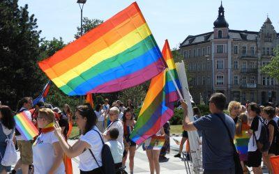 Piechotą po równość, czyli II Marsz Równości w Opolu